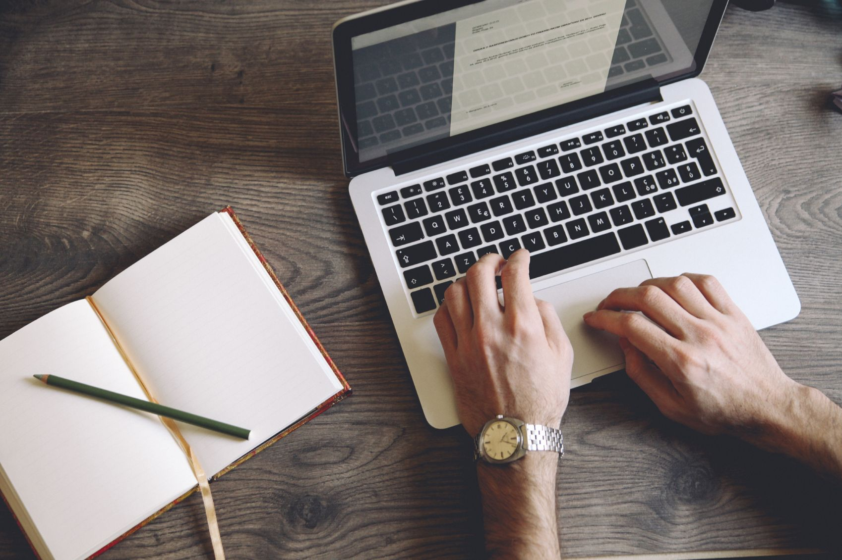 5 Reasons to Start a Business Blog | The Marketer Magazine